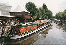 Canal Boat on Regents Canal